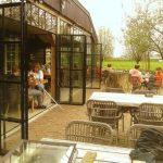 stalen vouwdeuren in restaurant project castricum