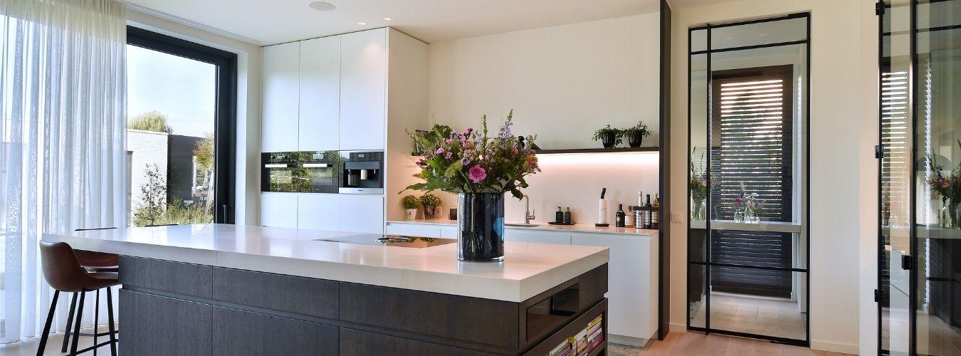 stalen binnendeuren, moderne keuken, realisatie stalen deuren StalenDeurenHuys