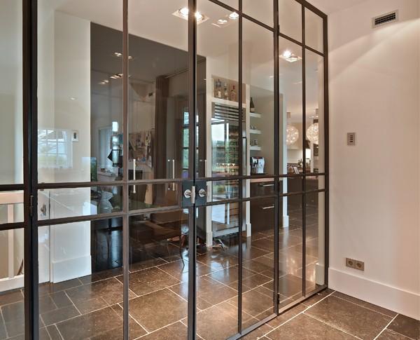 Stalen scharnierdeuren, Stoere deur, Deur op maat, Glazen deur, Stalen deuren, Roomdivider, Glasdeur, Mooie deur