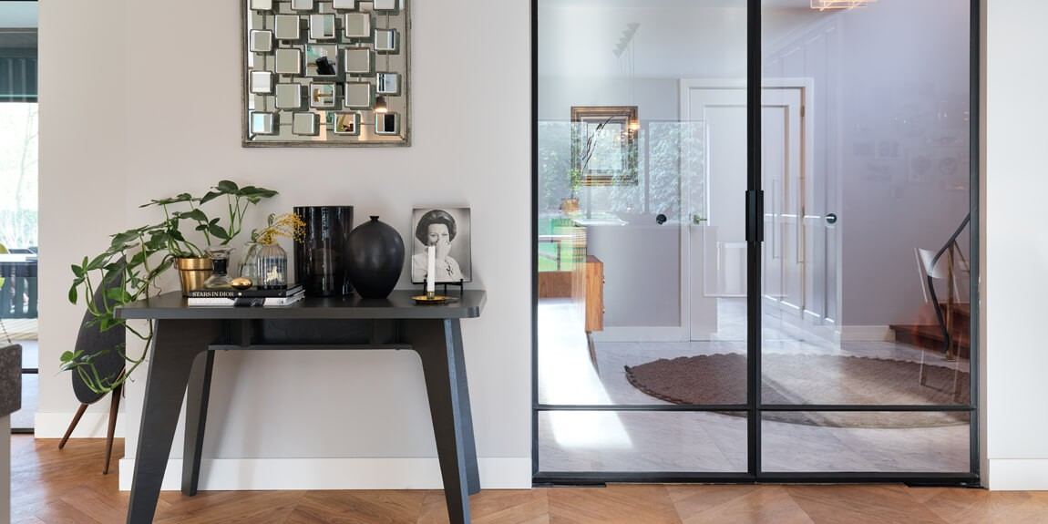 Stalen deuren zorgen voor optimale ruimtelijkheid in huis