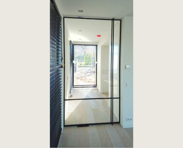 stalen taatsdeur, project oisterwijk, realisatie door stalendeurenhuys, stalen deuren