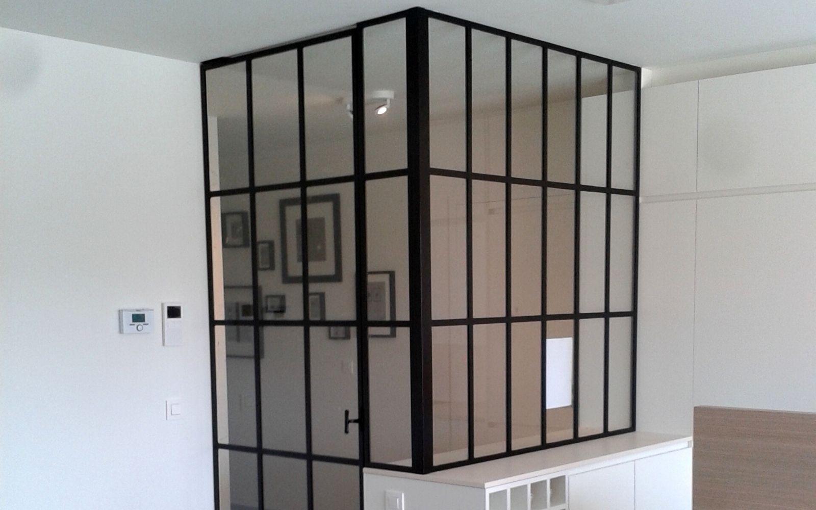stalen tochtportaal met kleine ruitjes - ontwerp eigen stalen deur