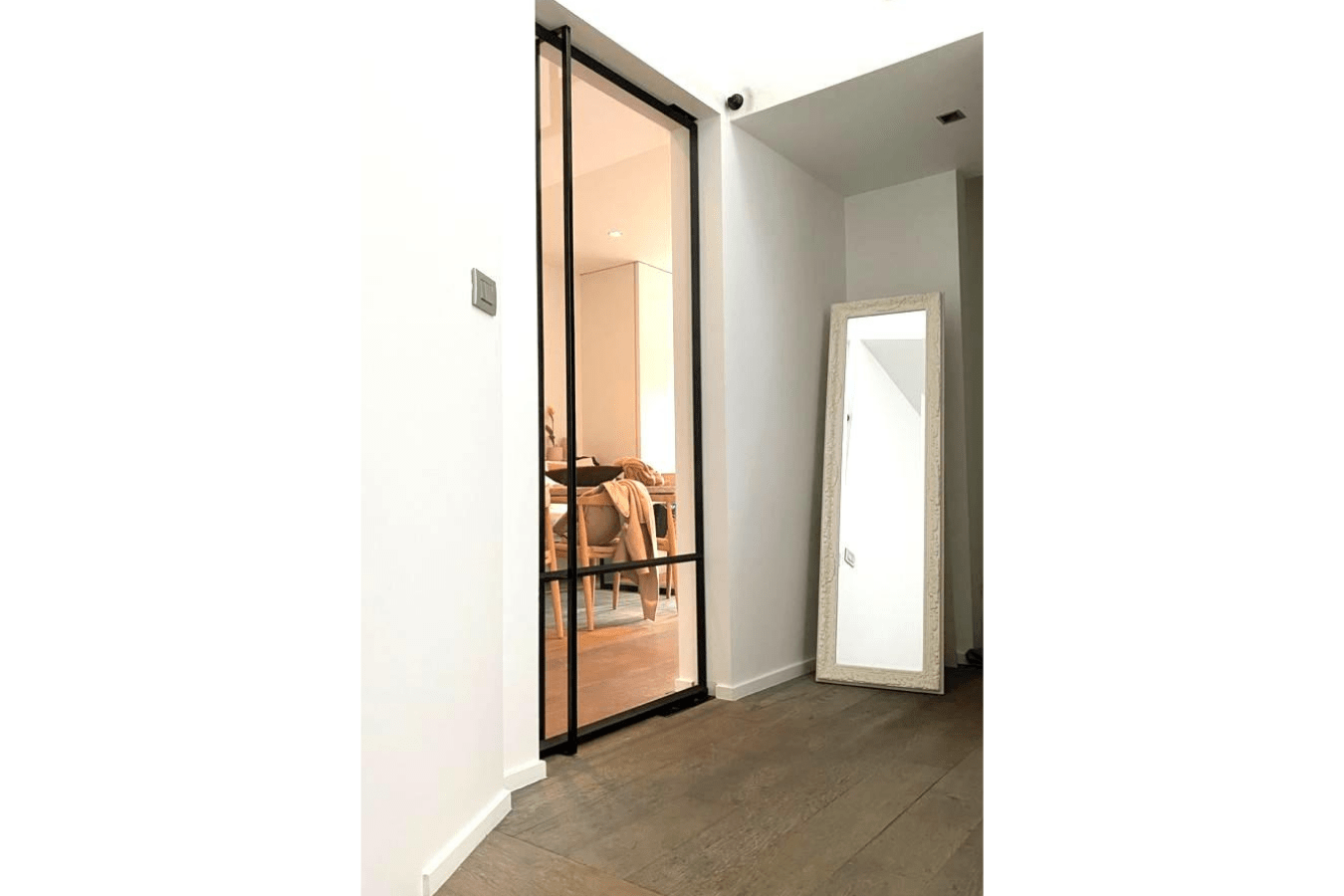 enkele pivotdeur met glas, taatsdeur op maat
